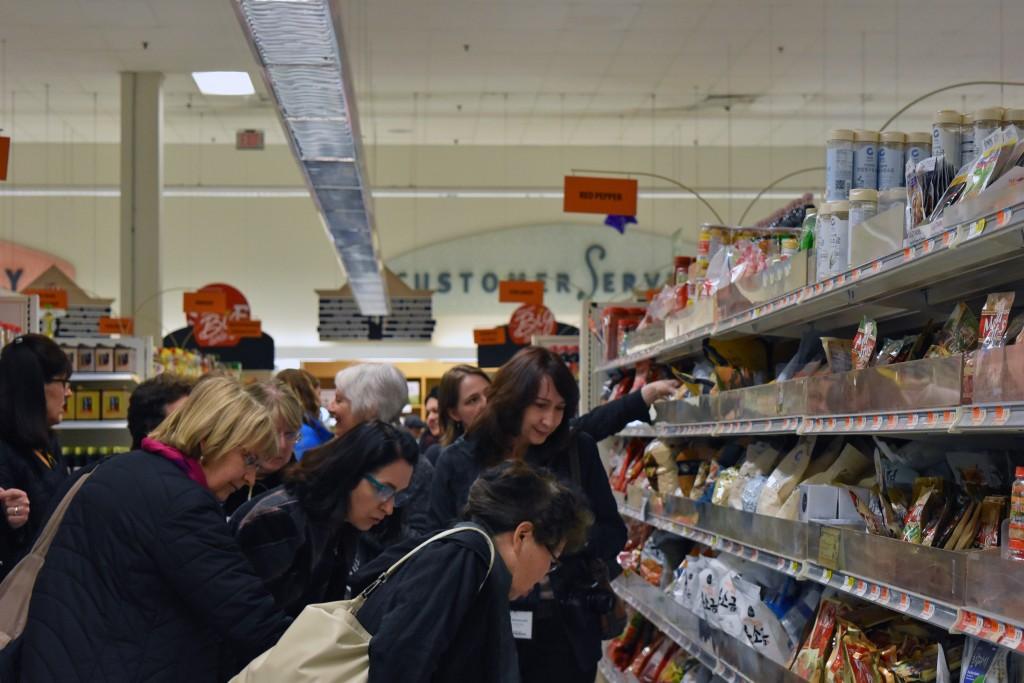 DSC_0011 IACP H-Mart Tour