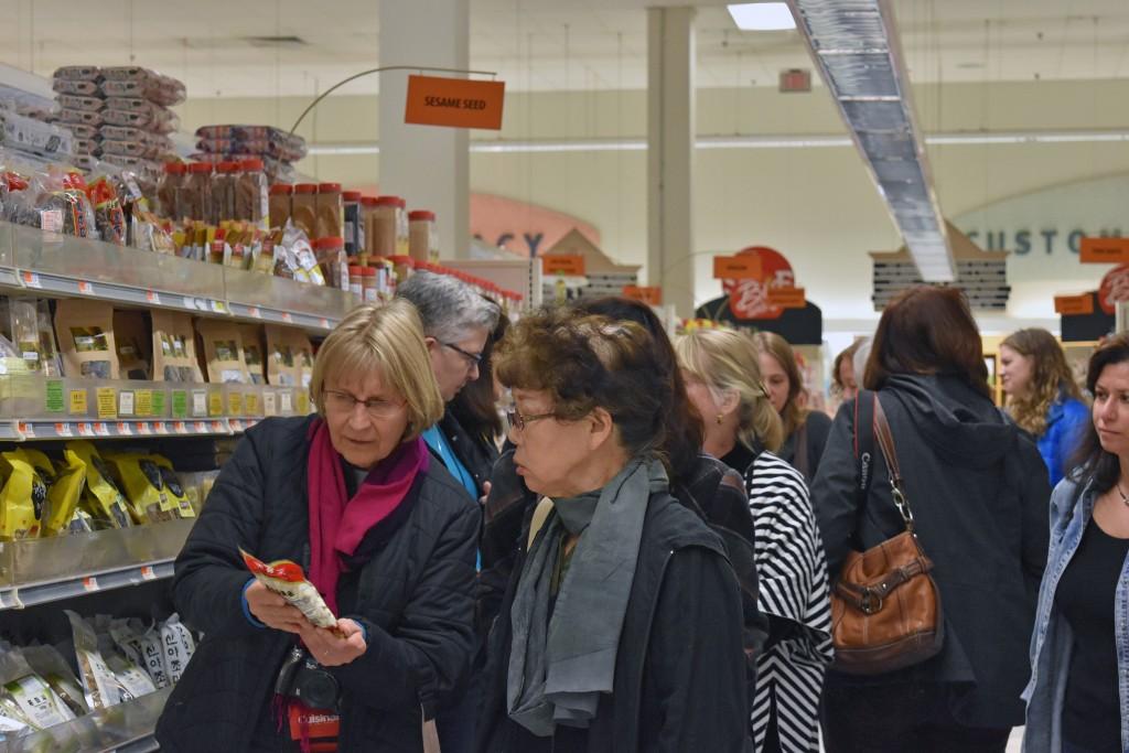 DSC_0015 IACP H-Mart Tour